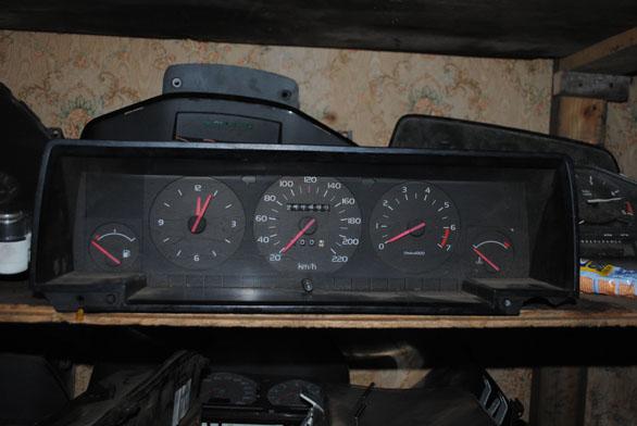 панель приборов volvo 940